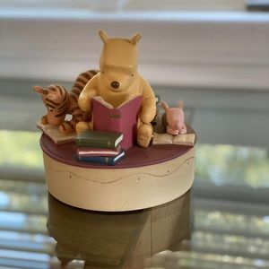 Poohs Library music box
